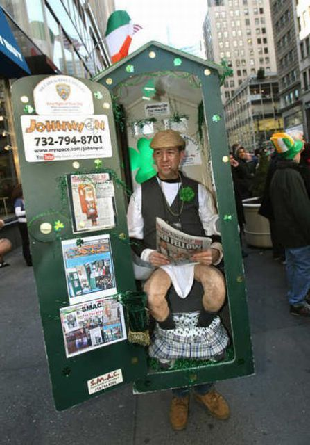 Portable toilet costume
