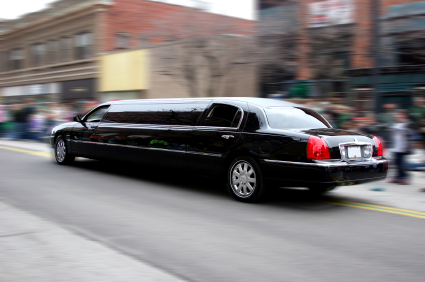 Burlington, Ontario to Toronto Airport limo service