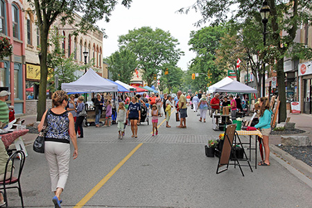 Photo of Farmer's Market in Downtown Strathroy, Ontario
