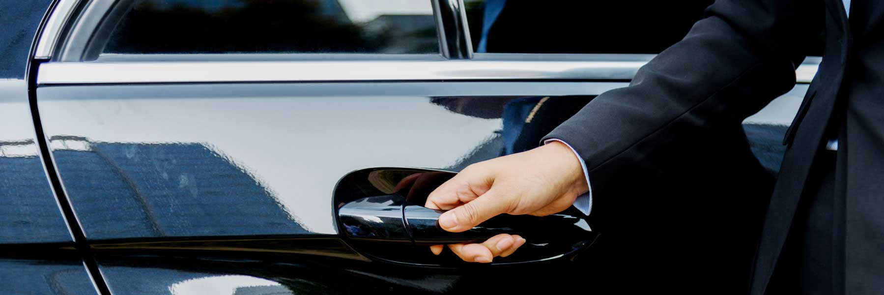 Toronto Airport Limo Limousine Transportation To From Toronto